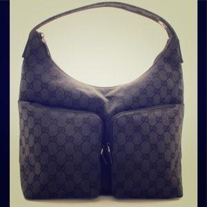 Gucci Logo Hobo Bag 3380